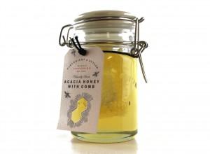 acacia-honey-with-comb